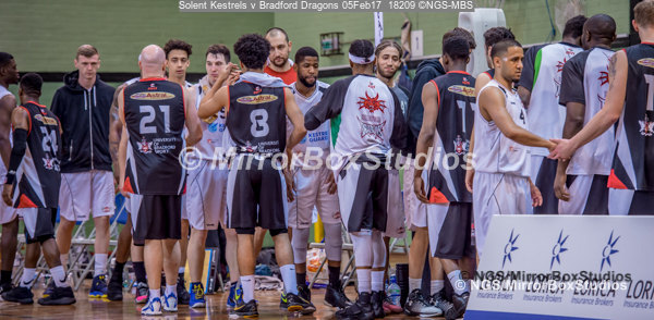 Solent Kestrels NBL Division 1 - 5 February, 2017 - Fleming Park Leisure Cent. : Great sportsmanship during match against Bradford Dragons (Photo by NGS/MirrorBoxStudios)
