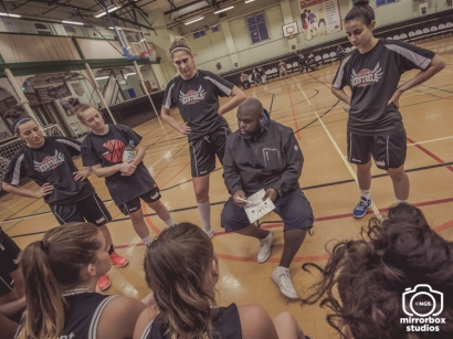 Kestrels Women 1 01 12 2018 Barking Abbey : (Photo by Nick Guise-Smith / MirrorBoxStudios)