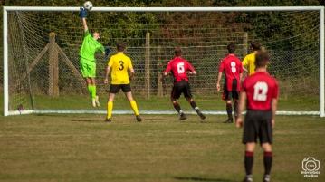 Hamble U18 vs Totton & Eling U18 League Match : (Photo by Nick Guise-Smith / MirrorBoxStudios)